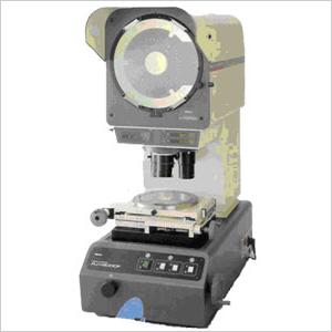 光明金型製作所 所有する検査機器 精密万能投影機